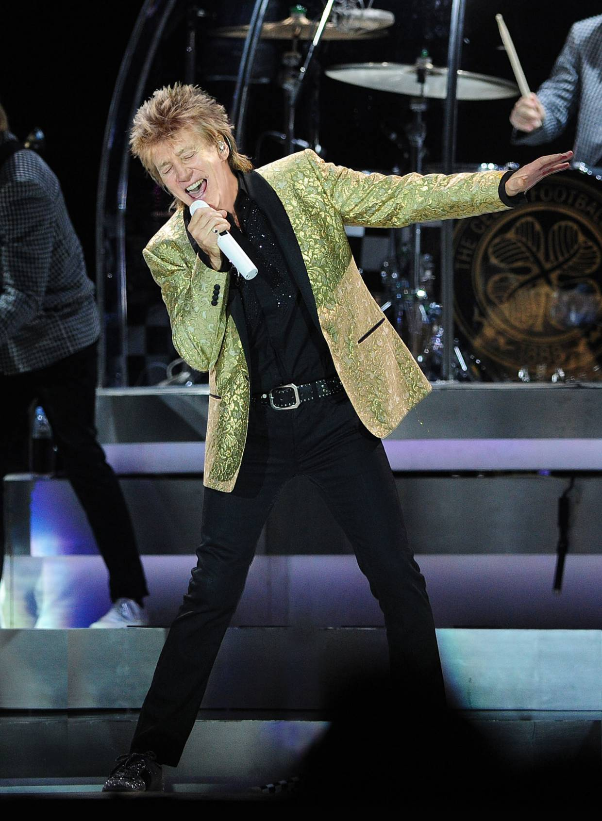 ROD_STEWART_-_CREDIT_Lawrence_Matheson